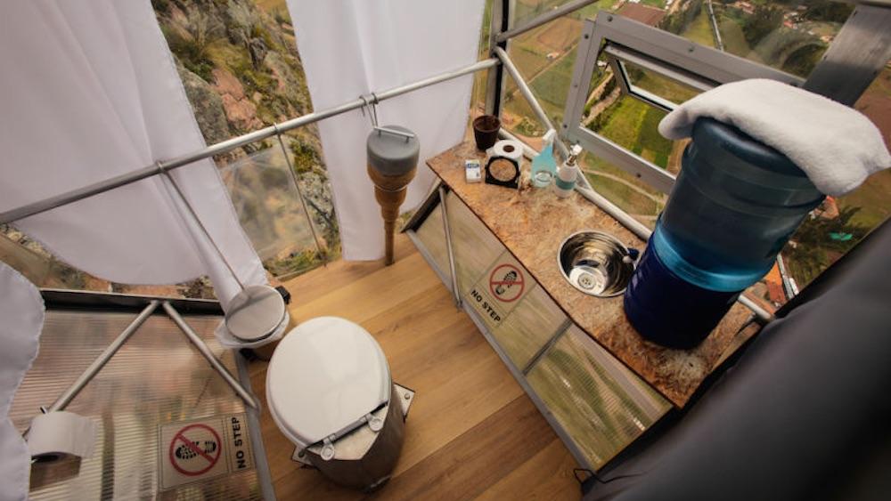 banheiro skylodge hotel peru