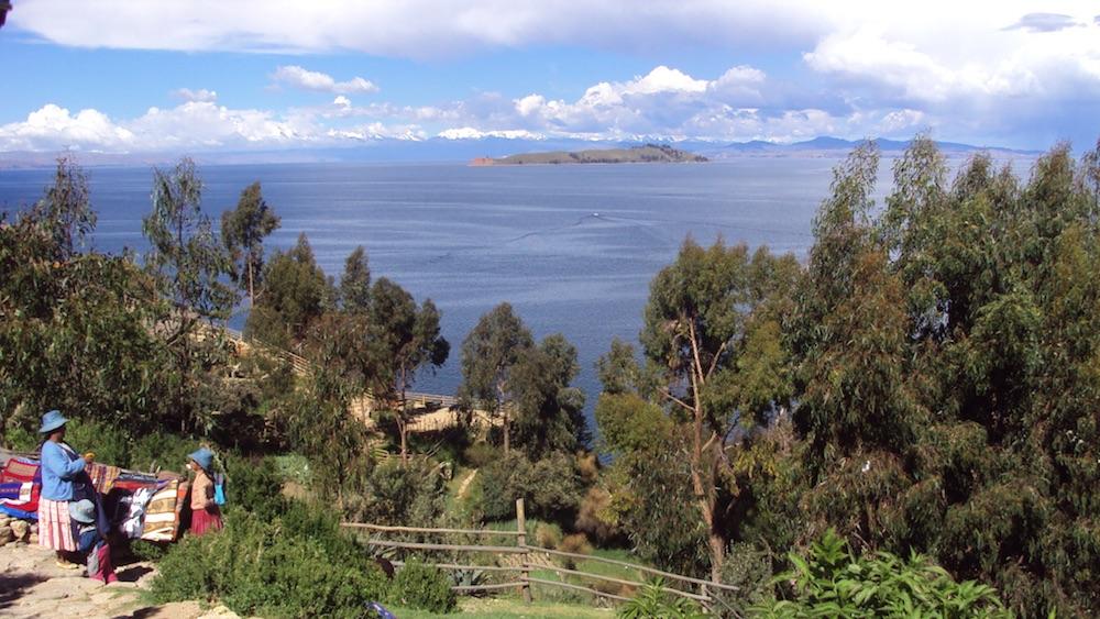 isla del sol bolivia vista