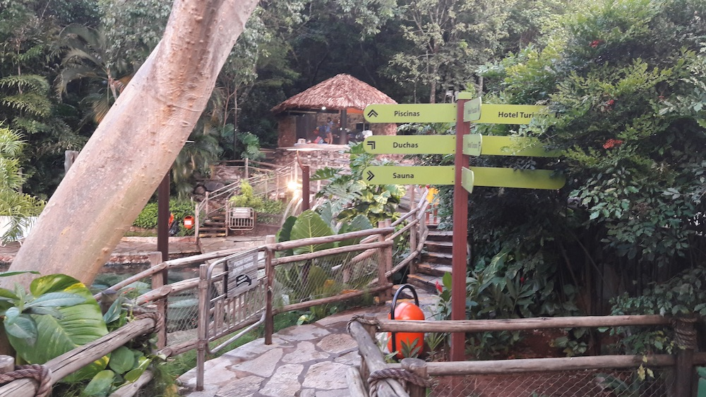 parque das fontes pousada do rio quente