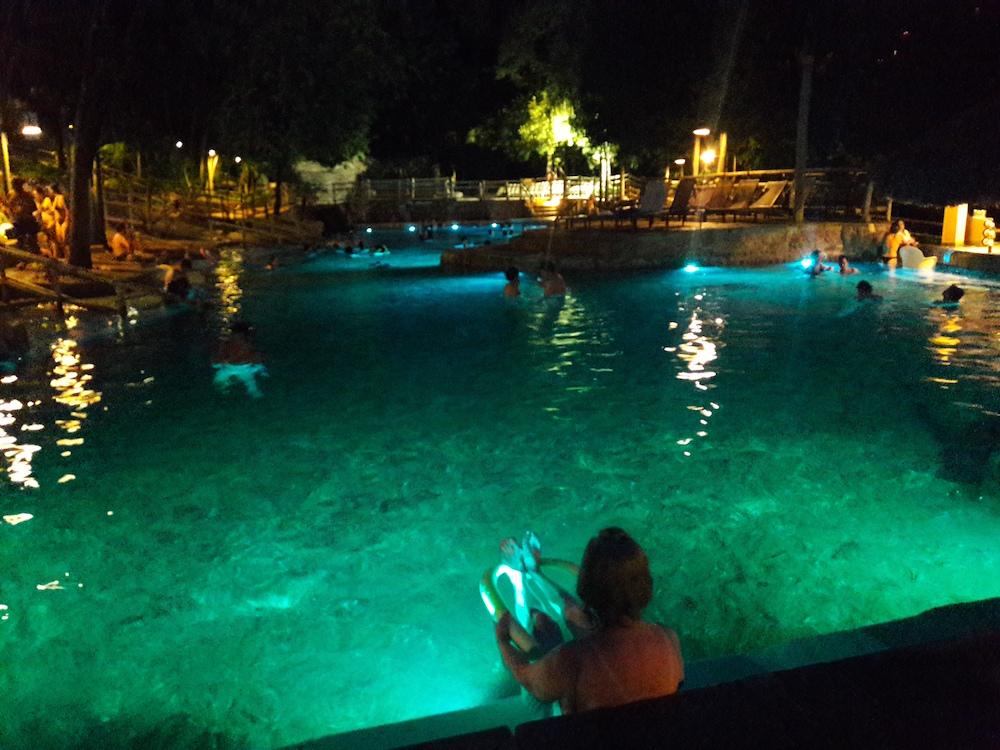 piscina pousada do rio quente