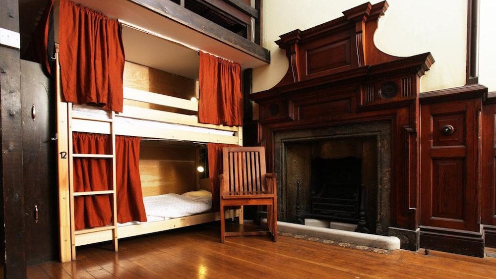 Palmers Lodge Swiss Cottage hostel londres